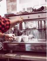 Specialty Coffee Shops Market by Type and Geographic Landscape - Forecast and Analysis 2020-2024